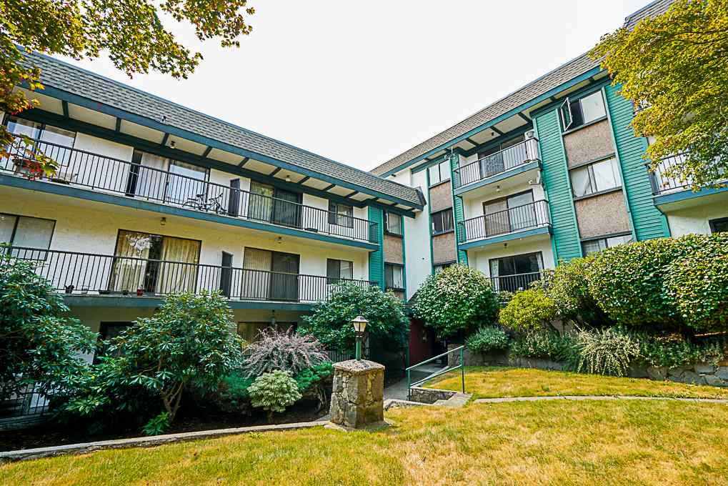 "Main Photo: 201 5450 EMPIRE Drive in Burnaby: Capitol Hill BN Condo for sale in ""EMPIRE PLACE"" (Burnaby North)  : MLS®# R2296980"