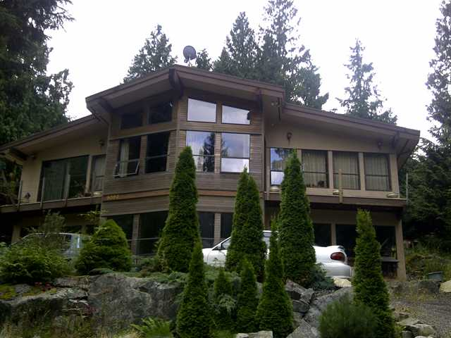 "Main Photo: 8593 BEDORA Place in West Vancouver: Howe Sound House for sale in ""Sunset Point"" : MLS® # V900327"