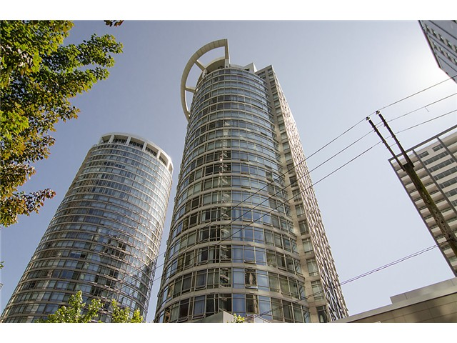 "Main Photo: # 2101 1288 ALBERNI ST in Vancouver: West End VW Condo for sale in ""THE PALISADES"" (Vancouver West)  : MLS(r) # V964227"