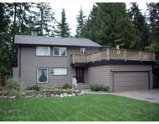 Main Photo: 2470 Hoskins Road in North Vancouver: Westlynn Terrace House for sale ()  : MLS® # V811315