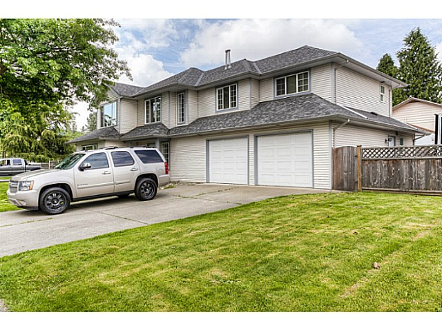 Main Photo: 10385 167TH Street in Surrey: Fraser Heights House for sale (North Surrey)  : MLS® # F1424302