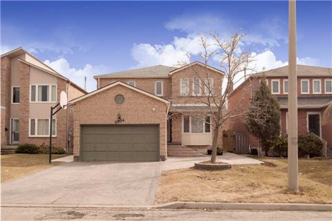 Main Photo: 4904 Rosewater Court in Mississauga: East Credit House (2-Storey) for sale : MLS(r) # W3180424