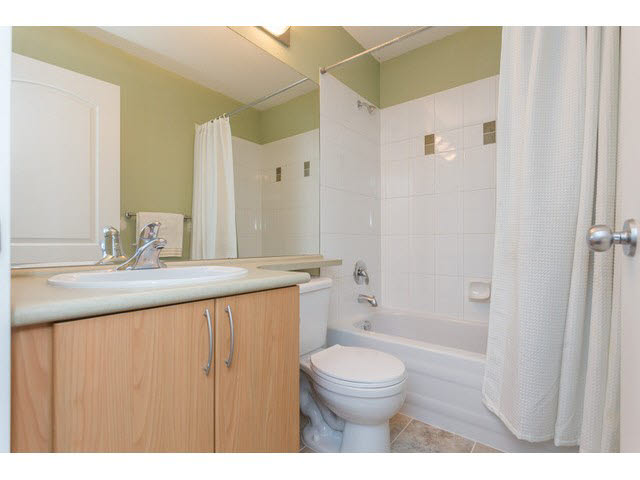 "Photo 15: 11 5839 PANORAMA Drive in Surrey: Sullivan Station Townhouse for sale in ""Forest Gate"" : MLS(r) # F1448630"