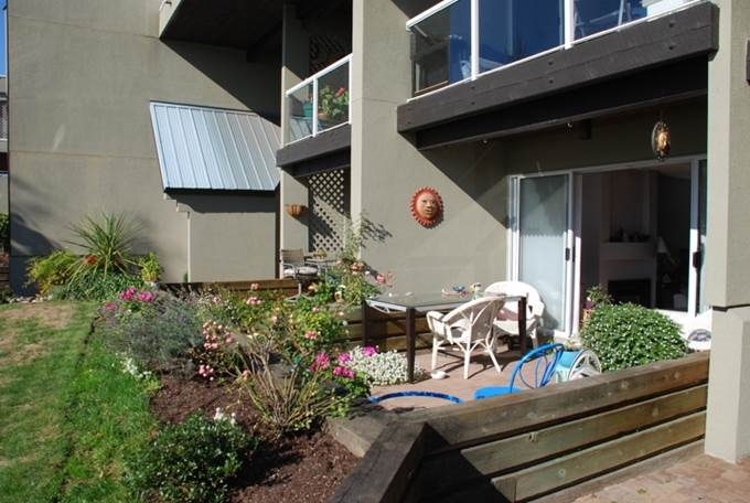 Main Photo: 104 31 RELIANCE Court in NEW WEST: Quay Condo for sale (New Westminster)  : MLS® # R2009079