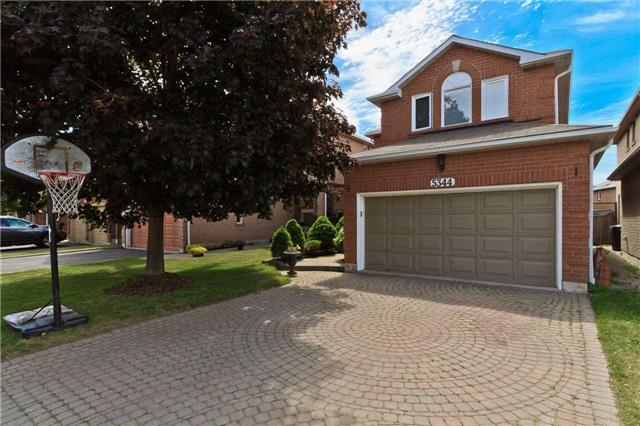 Main Photo: 5344 Flatford Road in Mississauga: East Credit House (2-Storey) for sale : MLS®# W3527009