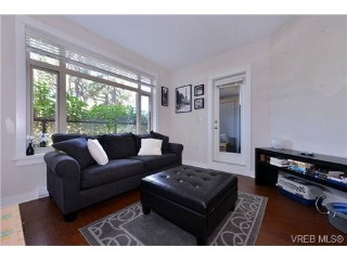 Main Photo: 205 844 Goldstream Avenue in VICTORIA: La Langford Proper Condo Apartment for sale (Langford)  : MLS®# 368818