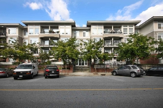 "Main Photo: 316 2353 MARPOLE Avenue in Port Coquitlam: Central Pt Coquitlam Condo for sale in ""EDGEWATER"" : MLS(r) # R2126531"