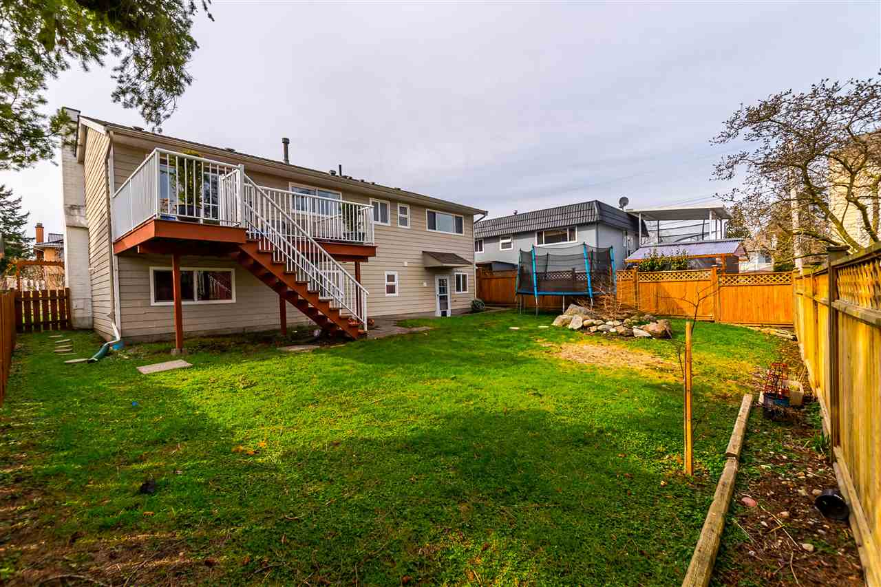 Photo 20: 15974 PROSPECT Crescent: White Rock House for sale (South Surrey White Rock)  : MLS® # R2149167