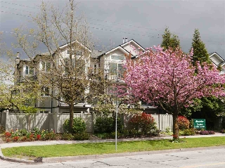 "Main Photo: 102 633 W 16 Avenue in Vancouver: Fairview VW Condo for sale in ""Birchview Terrace"" (Vancouver West)  : MLS(r) # R2163651"