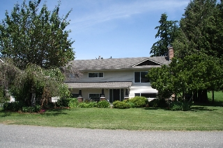 Main Photo: 42735 Janzen Road in Chilliwack: Greendale Chilliwack House for sale : MLS(r) # R2174166