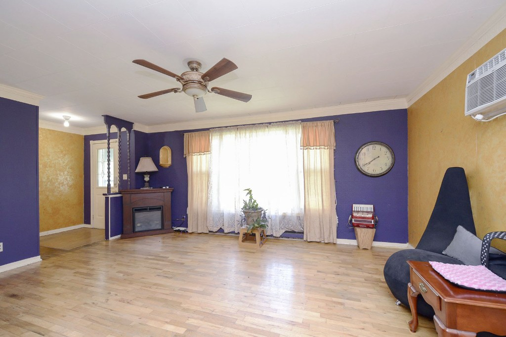 Photo 4: 3906 28th Avenue in Vernon: City of Vernon House for sale (North Okanagan)  : MLS® # 10116759