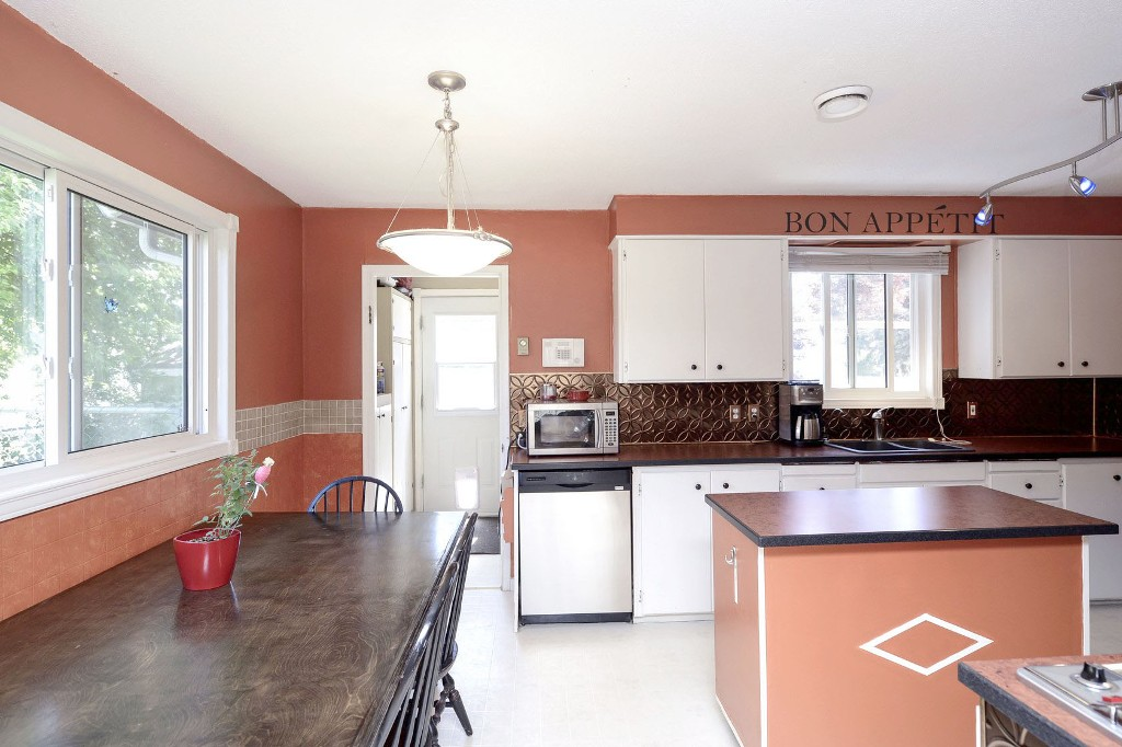 Photo 7: 3906 28th Avenue in Vernon: City of Vernon House for sale (North Okanagan)  : MLS® # 10116759