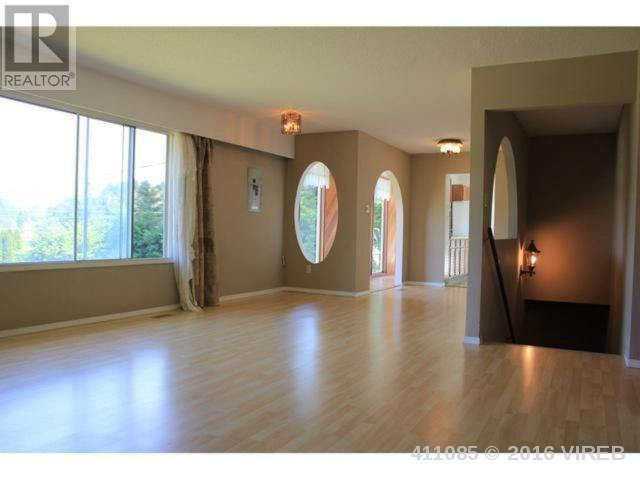 Photo 21: 2057 Lakeside Drive in Nanaimo: House for sale : MLS(r) # 411085