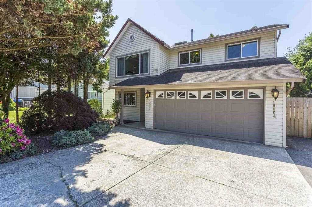 "Main Photo: 19004 119 Avenue in Pitt Meadows: Central Meadows House for sale in ""CENTRAL MEADOWS"" : MLS(r) # R2182106"