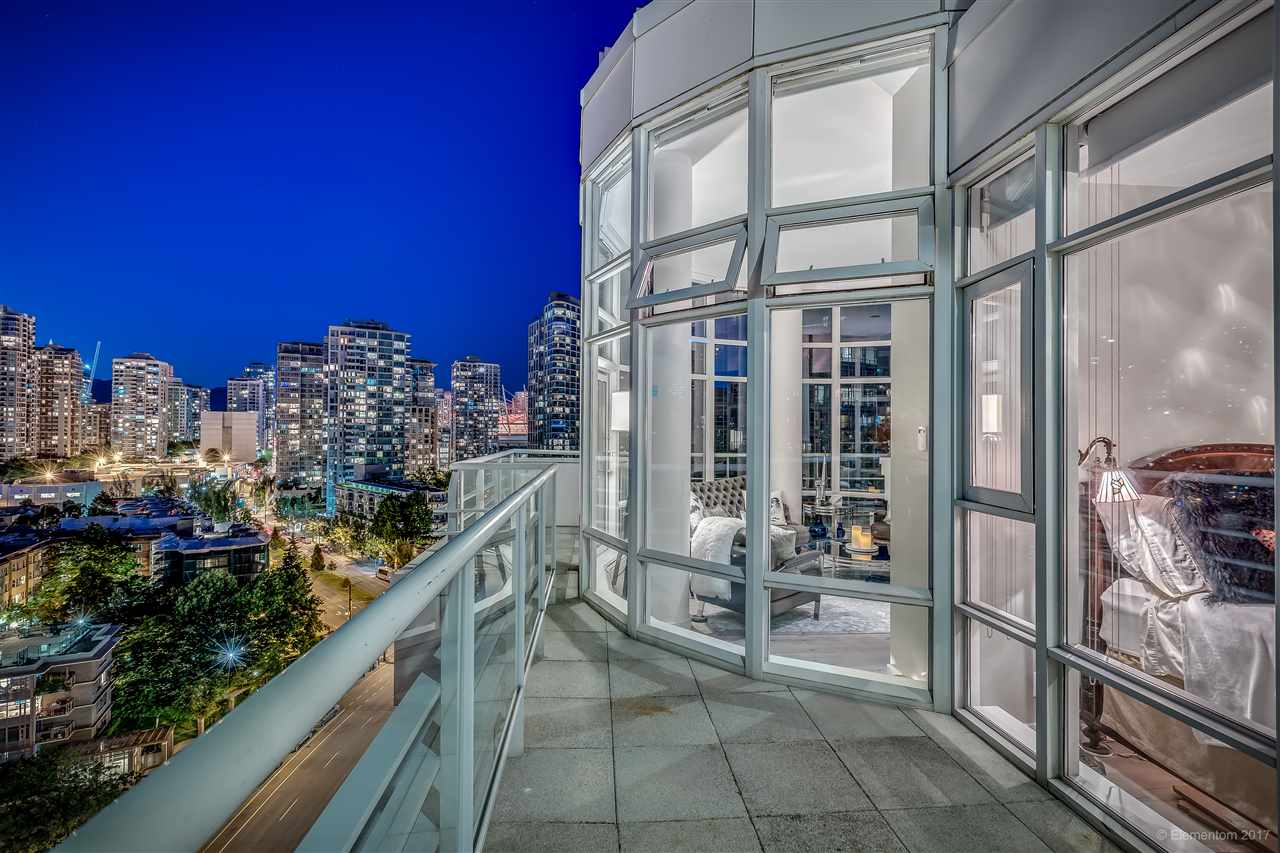 "Photo 17: 1702 189 DAVIE Street in Vancouver: Yaletown Condo for sale in ""AQUARIUS III"" (Vancouver West)  : MLS® # R2182364"