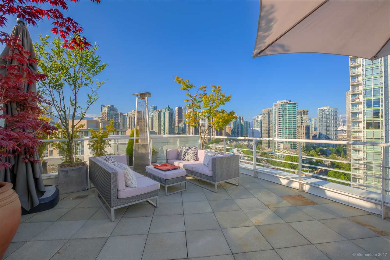 "Photo 15: 1702 189 DAVIE Street in Vancouver: Yaletown Condo for sale in ""AQUARIUS III"" (Vancouver West)  : MLS® # R2182364"