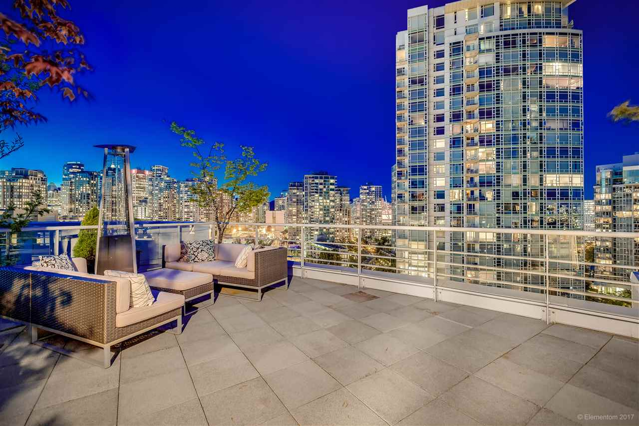 "Photo 19: 1702 189 DAVIE Street in Vancouver: Yaletown Condo for sale in ""AQUARIUS III"" (Vancouver West)  : MLS® # R2182364"