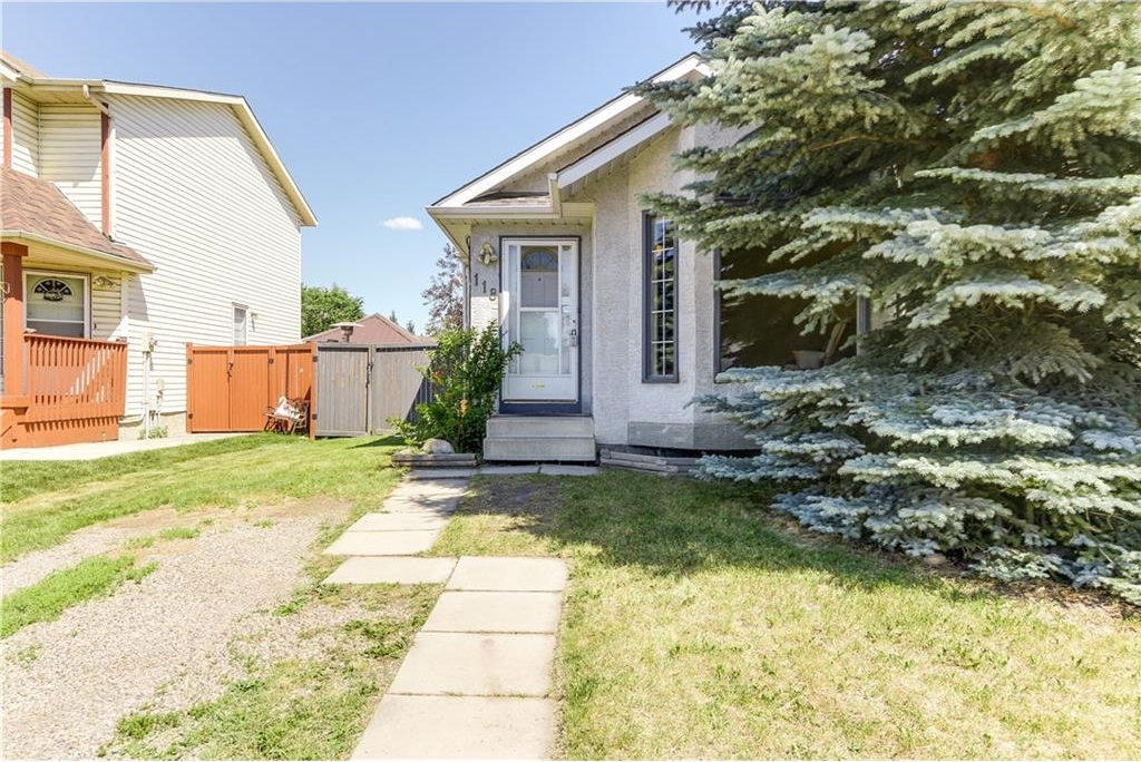 Main Photo: 118 ERIN Road SE in Calgary: Erin Woods House for sale : MLS®# C4125452