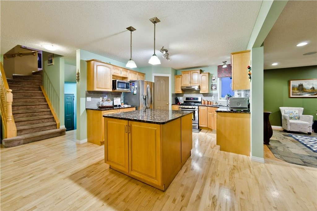Photo 14: 125 EDGEBROOK GV NW in Calgary: Edgemont House for sale : MLS® # C4129336