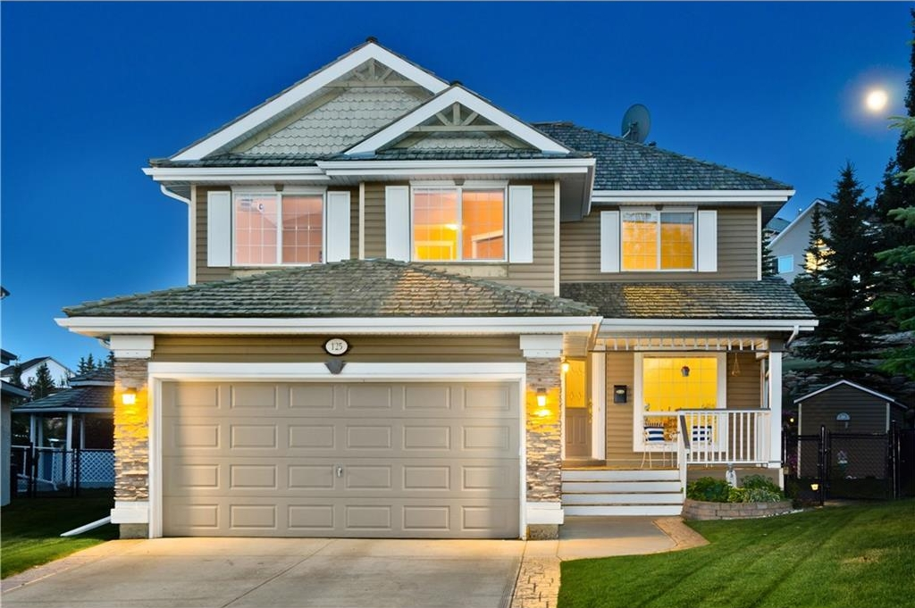 Photo 3: 125 EDGEBROOK GV NW in Calgary: Edgemont House for sale : MLS® # C4129336