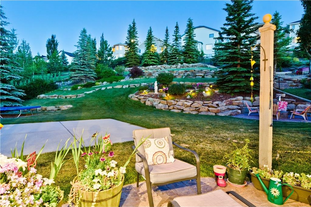 Main Photo: 125 EDGEBROOK GV NW in Calgary: Edgemont House for sale : MLS® # C4129336