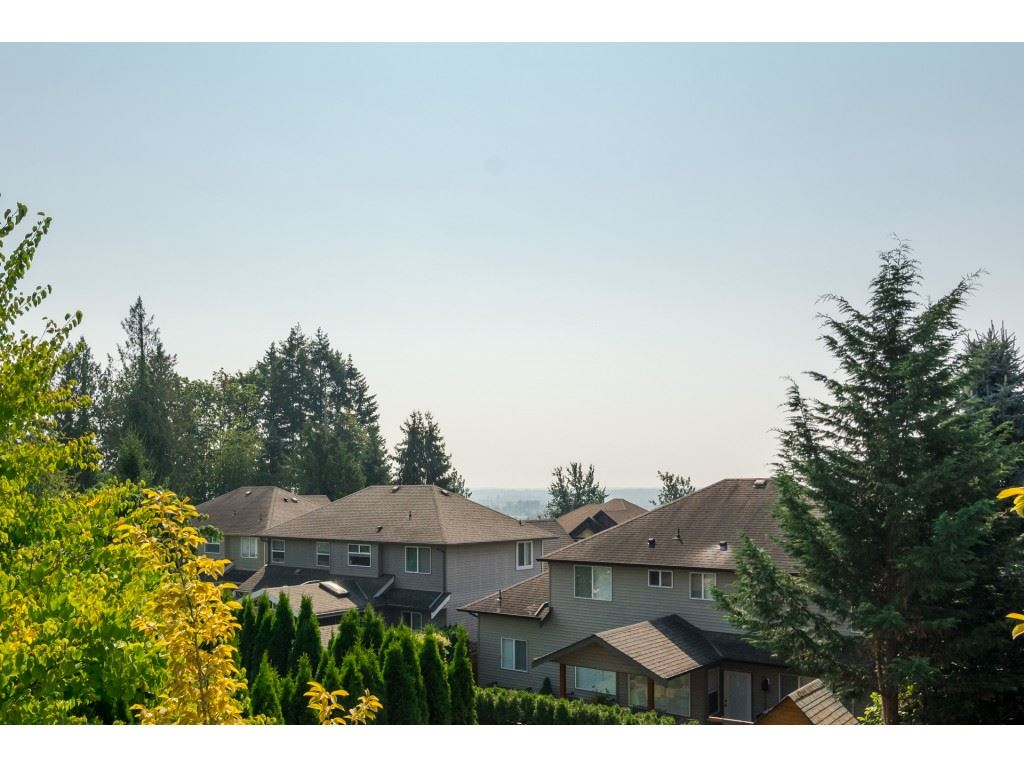 "Photo 18: Photos: 19780 69 Avenue in Langley: Willoughby Heights House for sale in ""Willoughby Heights"" : MLS® # R2203210"