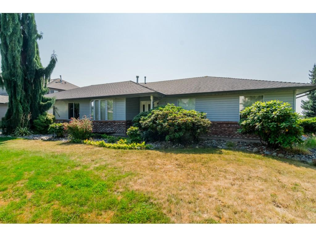 "Photo 1: Photos: 19780 69 Avenue in Langley: Willoughby Heights House for sale in ""Willoughby Heights"" : MLS® # R2203210"