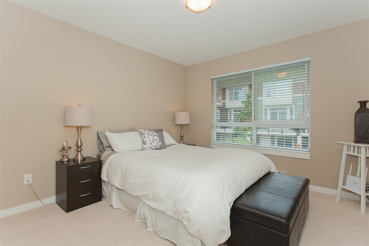 "Photo 15: 32 2955 156 Street in Surrey: Grandview Surrey Townhouse for sale in ""ARISTA"" (South Surrey White Rock)  : MLS® # R2205411"