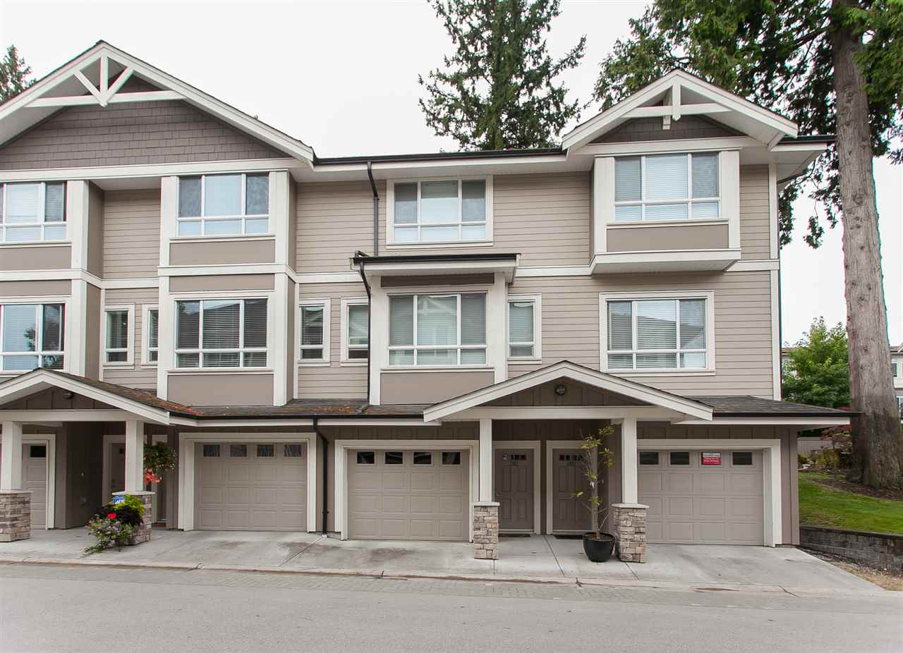 "Photo 2: 32 2955 156 Street in Surrey: Grandview Surrey Townhouse for sale in ""ARISTA"" (South Surrey White Rock)  : MLS® # R2205411"