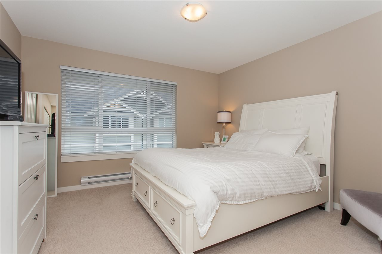 "Photo 13: 32 2955 156 Street in Surrey: Grandview Surrey Townhouse for sale in ""ARISTA"" (South Surrey White Rock)  : MLS® # R2205411"