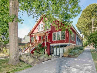 "Main Photo: 595 E GEORGIA Street in Vancouver: Mount Pleasant VE Townhouse for sale in ""The Schoolhouse"" (Vancouver East)  : MLS® # R2207219"