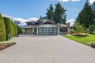 "Main Photo: 10024 EAGLE Crescent in Chilliwack: Little Mountain House for sale in ""Little Mountain"" : MLS® # R2209962"