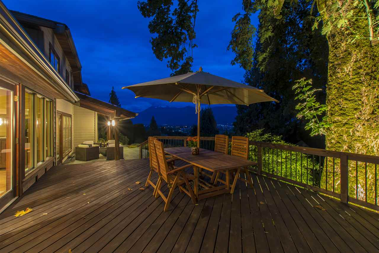 "Photo 17: Photos: 10024 EAGLE Crescent in Chilliwack: Little Mountain House for sale in ""Little Mountain"" : MLS® # R2209962"