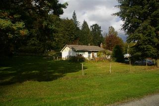 Main Photo: 36313 DAWSON Road in Abbotsford: Sumas Mountain House for sale : MLS® # R2213999
