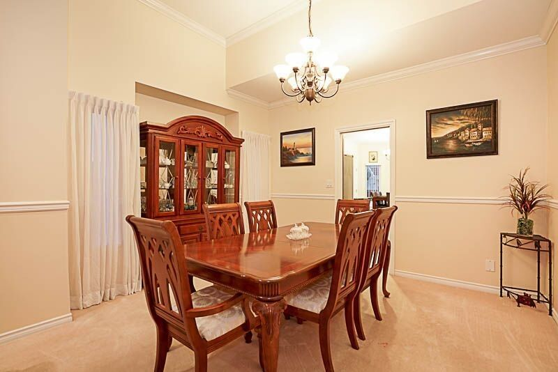 Photo 7: Photos: 8249 152A Street in Surrey: Fleetwood Tynehead House for sale : MLS® # R2225405