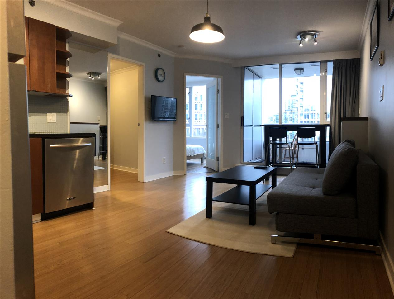 "Main Photo: 1107 822 SEYMOUR Street in Vancouver: Downtown VW Condo for sale in ""L'ARIA"" (Vancouver West)  : MLS® # R2246943"