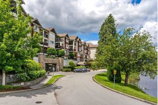 "Main Photo: 118 19677 MEADOW GARDENS WAY in Pitt Meadows: North Meadows PI Condo for sale in ""THE FAIRWAYS"" : MLS®# R2279004"
