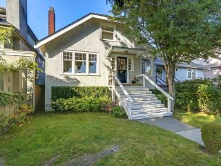 "Main Photo: 1365 LABURNUM Street in Vancouver: Kitsilano House for sale in ""Kits Point"" (Vancouver West)  : MLS®# R2317572"