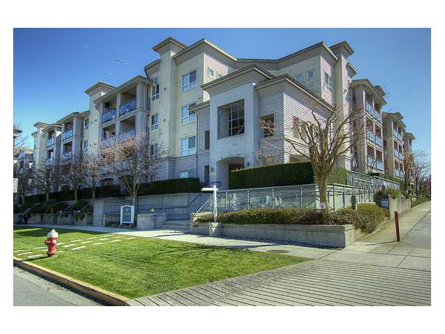 "Main Photo: 130 5500 ANDREWS Road in Richmond: Steveston South Condo for sale in ""SOUTHWATER"" : MLS(r) # V882835"