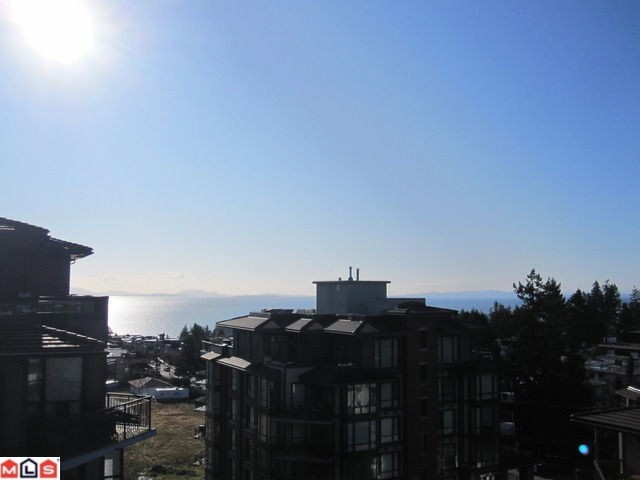 "Photo 7: 702 1581 FOSTER Street: White Rock Condo for sale in ""SUSSEX HOUSE"" (South Surrey White Rock)  : MLS(r) # F1202250"