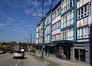 Main Photo: 3421 E Hastings Street in Vancouver: Hastings East Home for sale (Vancouver East)  : MLS(r) # V4037646