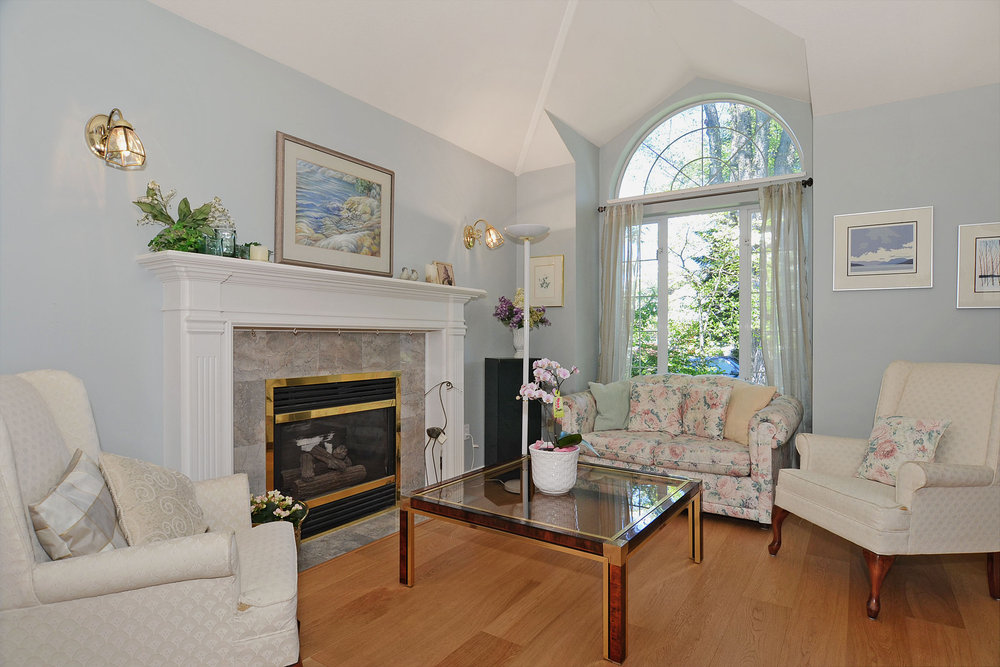 Photo 5: 4264 West 13th Avenue in Vancouver: Home for sale : MLS® # V1005313