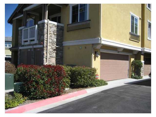 Photo 10: SANTEE Townhome for sale or rent : 3 bedrooms : 1053 Iron Wheel Street