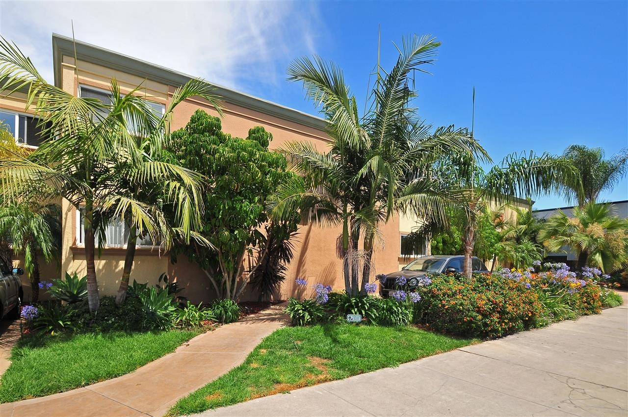 Main Photo: SAN DIEGO Condo for sale : 1 bedrooms : 4425 50th St #10