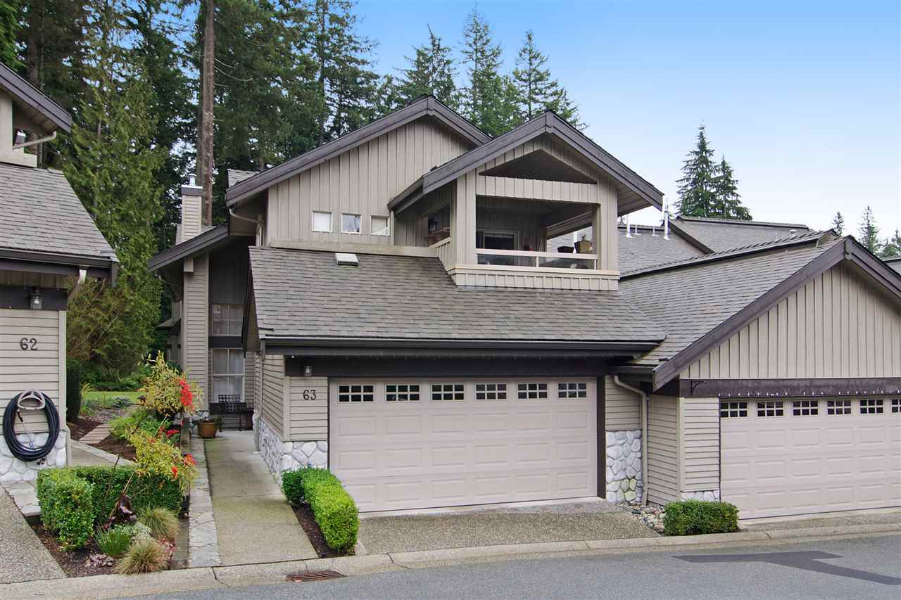 "Main Photo: 63 1550 LARKHALL Crescent in North Vancouver: Northlands Townhouse for sale in ""NAHNEE WOODS"" : MLS(r) # R2025165"