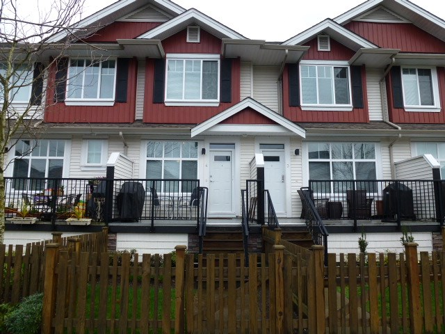 Main Photo: 4 6956 193 Street in Surrey: Clayton Townhouse for sale (Cloverdale)  : MLS®# R2045712