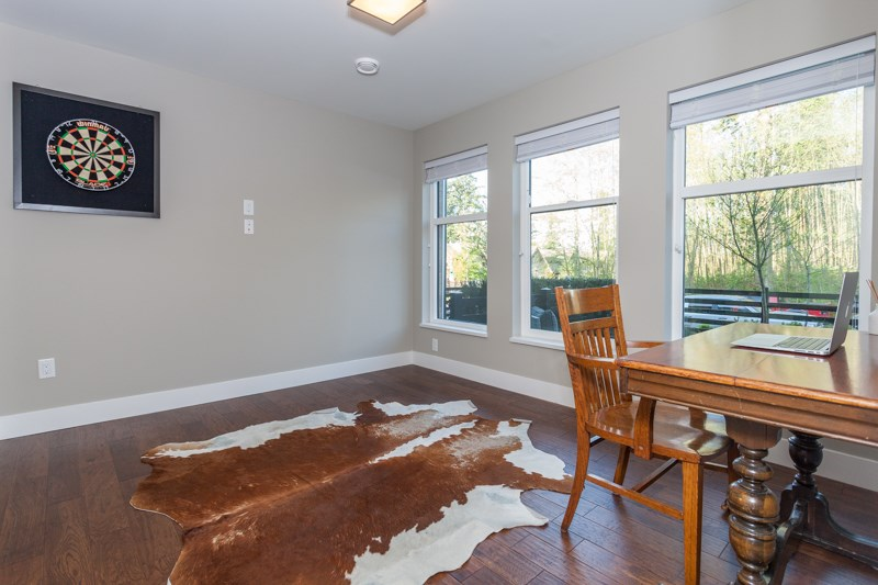 "Photo 4: 58 2687 158 Street in Surrey: Grandview Surrey Townhouse for sale in ""JACOBSEN"" (South Surrey White Rock)  : MLS® # R2054062"