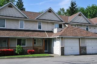 "Main Photo: 2 20699 120B Avenue in Maple Ridge: Northwest Maple Ridge Townhouse for sale in ""THE GATEWAY"" : MLS® # R2062736"