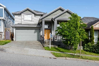 Main Photo: 6772 146B Street in Surrey: East Newton House for sale : MLS® # R2063944