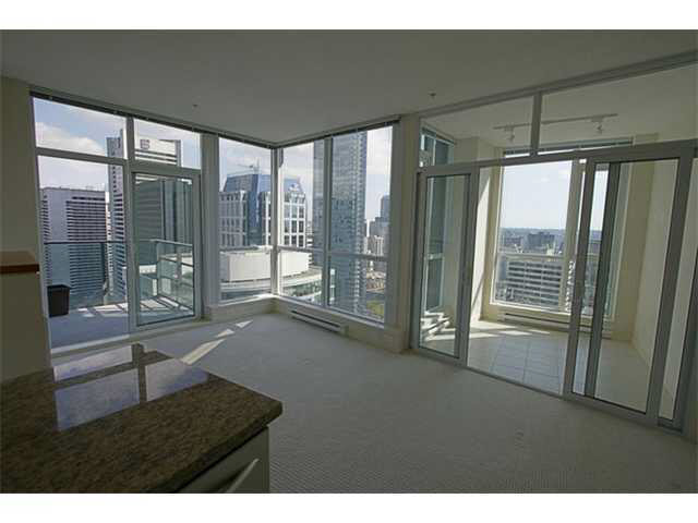 Main Photo: 3305 1189 MELVILLE STREET in : Coal Harbour Condo for sale : MLS® # V856950